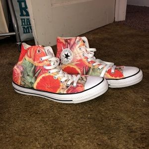 Women's High Top Converse size 9